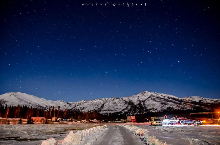 夜晚的星 月亮图片